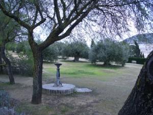 Fuente en el entorno de la Iglesia de Nuestra Señora de Gracia y Convento de San Francisco en Estepa