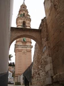 Torre de la Victoria vista desde la Calle Torralba en Estepa