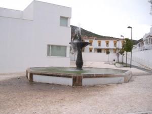 Fuente El Pilar en la Plaza del Pilar o de la Coracha, Estepa