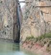 Paraje Natural inaugurado por Alfonso XIII, se compone del Desfiladero de los Gaitanes, el Embalse de Guadalhorce y el de Guadalteba. Hay cuevas y simas.