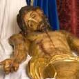 El Sábado Santo en Estepa procesiona la Hermandad del Santo Entierro: Cristo de la Buena Muerte, urna con el cuerpo sin vida de Cristo y la Virgen de la Soledad