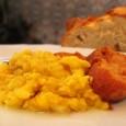 La gastronomía popular de la comarca de Estepa ha estado asociada a platos sencillos que acompañasen durante las jornadas de trabajo en el campo.
