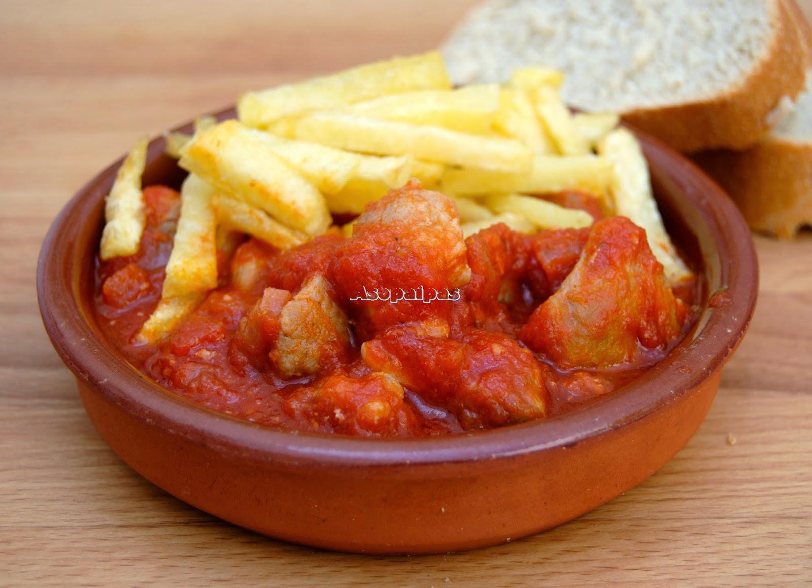 Patatas con tomate, receta típica de Estepa