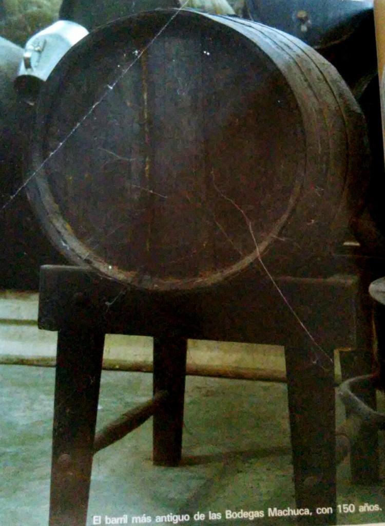 Barril de vino con 150 años de antigüedad en Estepa