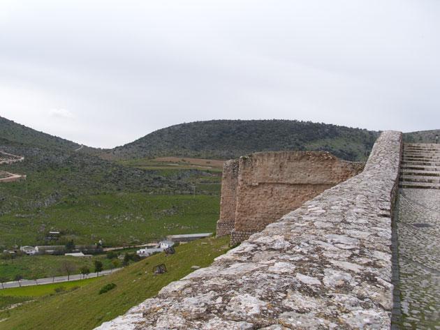 Muralla del Antiguo Alcázar de Estepa en el Cerro de San Cristobal