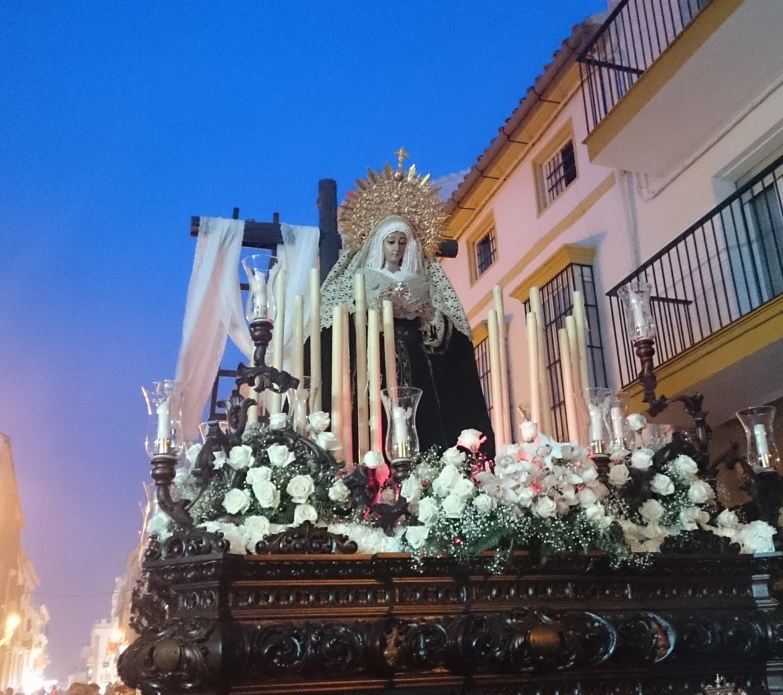 Nuestra Señora de la Soledad en el Santo Entierro. Sábado Santo. Semana Santa de Estepa